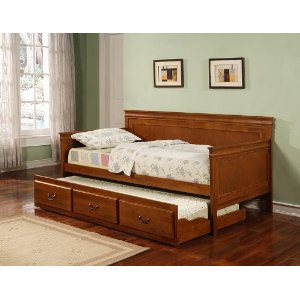 oak finish daybed with trundle